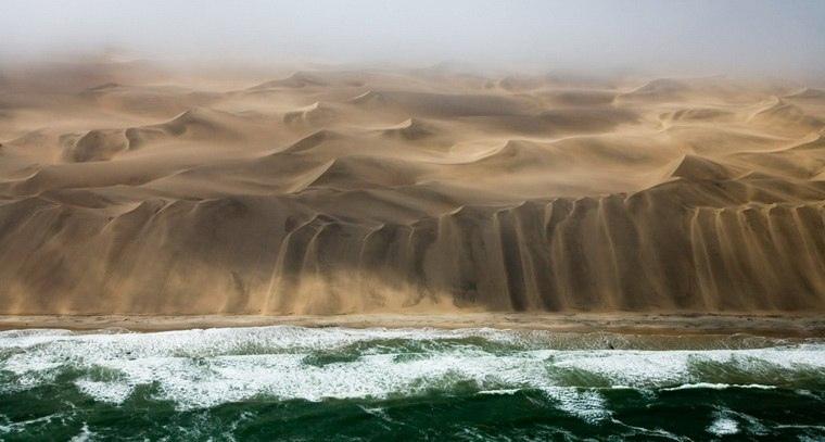 Интересные места нашей планеты Берег скелетов (Намибия), изображение №4
