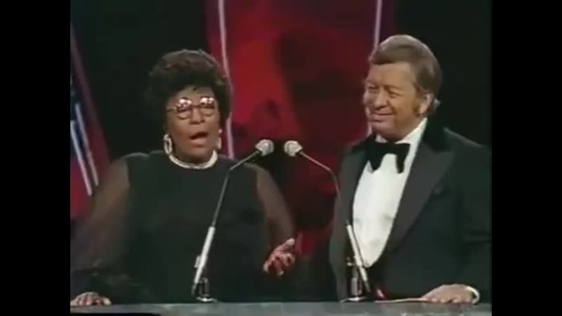 Mel Torme Scat singing of nonsense words performance by Ella Fitzgerald and Mel Torme 360p