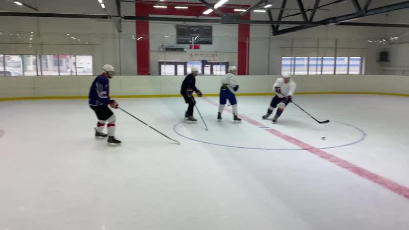 Ветераны красноярского хоккея на арене Легенда 24