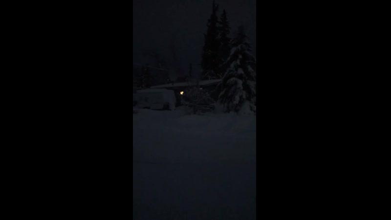 Аляска Fairbanks странные звуки идущие с неба это точно не был снегоочиститель он шел со всех сторон