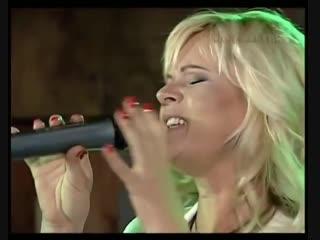 сладкий голосок красотки из СССР Марина Журавлева-Черемуха белая