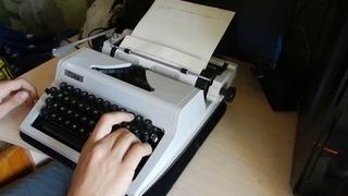 Как работать на пишущей машинке Erika 105