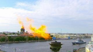 По всей стране проходят торжества, посвященные празднованию Дня Военно-морского флота.
