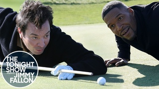 Michael Strahan and Jimmy Fallon Play a Round of Golf with a Twist