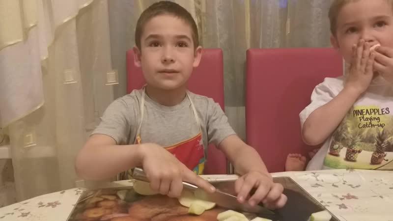 Шарлотка Буренины Кирилл и Влад