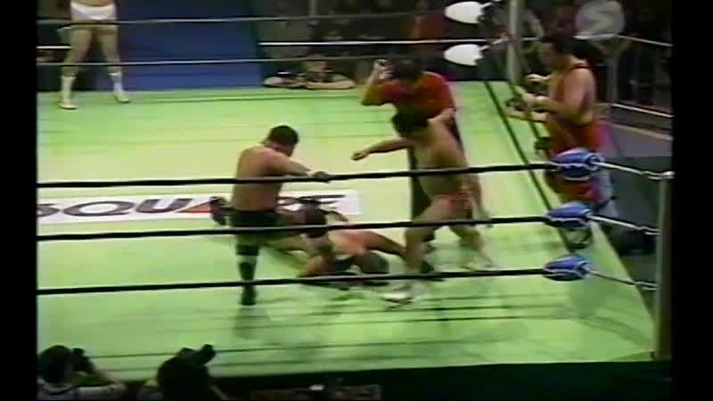 2000.10.07 - Rusher KimuraMitsuo MomotaMakoto Hashi vs. Haruka EigenSatoru AsakoTamon Honda