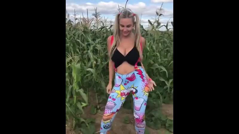 Сочные попрыгунчики lady gorbunova порно секс эротика попка booty anal анал сиськи boobs brazzers