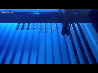 Резка акрила на лазерном станке