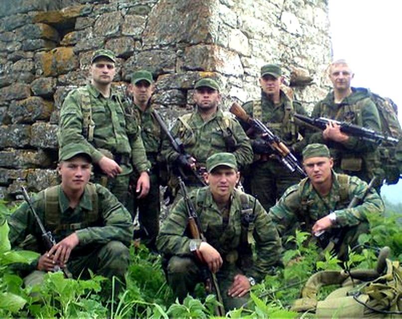ПОСЛЕДНИЙ БОЙ. Благодаря мужеству и героизму капитана Паукова разведывательная группа выстояла.