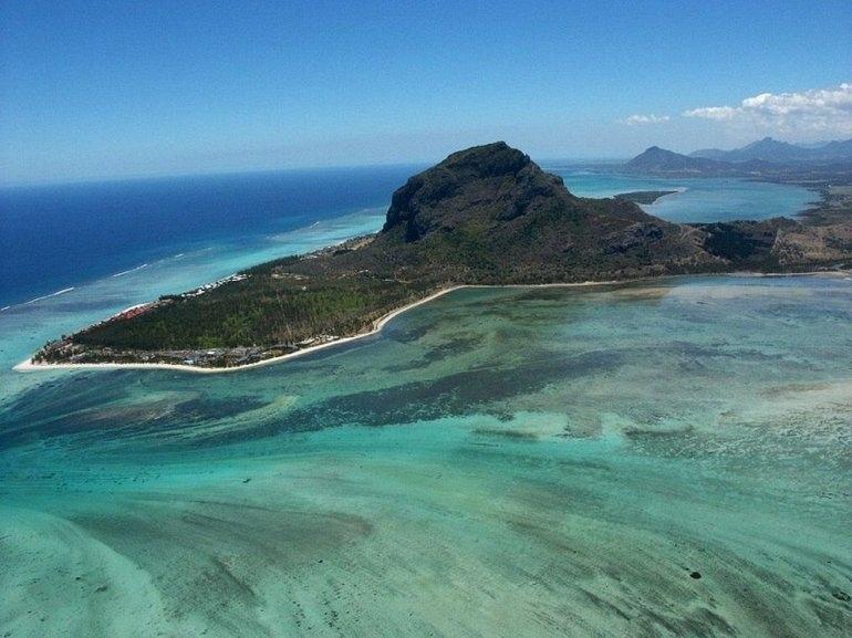 Подводные водопады на Маврикии, изображение №6