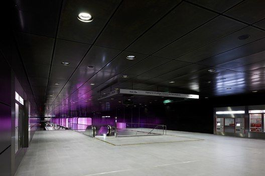 Lighting Design Metro Station HafenCity University Hamburg / Pfarré Lighting Design