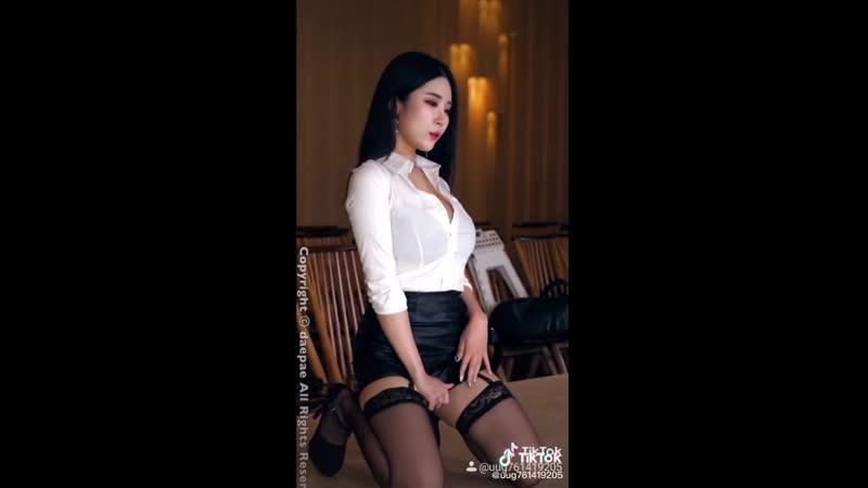 Asian girl sexy stockings чулки красивые ножки