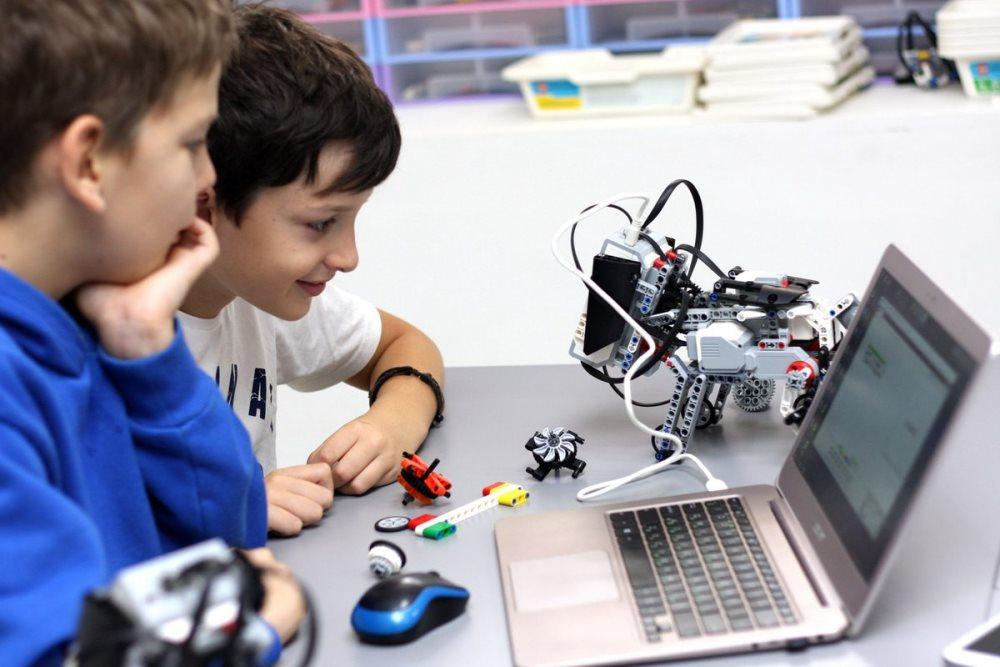 Наборы робототехники для детей