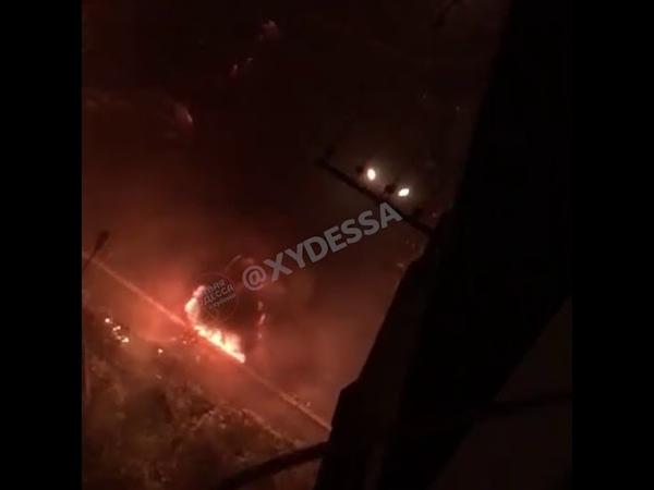 На Вильямса горит авто