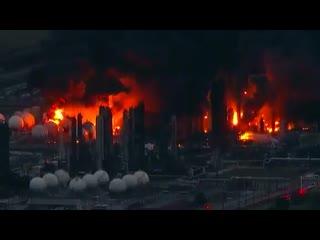 Второй мощный взрыв прогремел на НПЗ в Техасе
