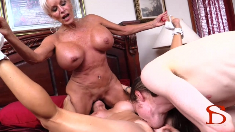 [Sally DAngelo] Me Mom And Granny Part 2 Moms 1st Anal Fuck