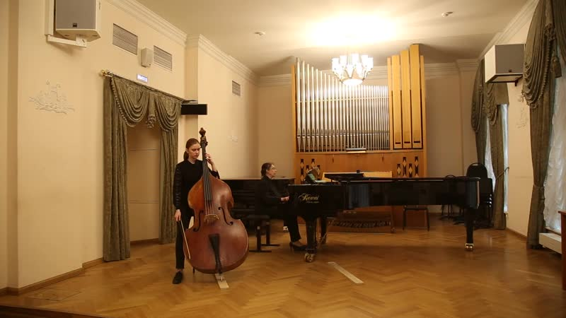F.A.Hoffmeister, Double bass concerto No. 3 in D Major, 1st mvmt.
