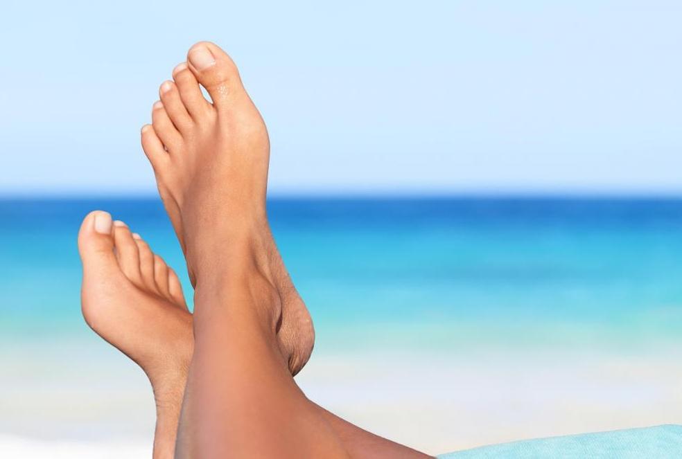 В чем разница между солнцезащитным кремом и лосьоном для загара?