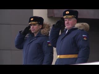 Возглавлявший училище ВДВ попрощался с Боевым знаменем вуза
