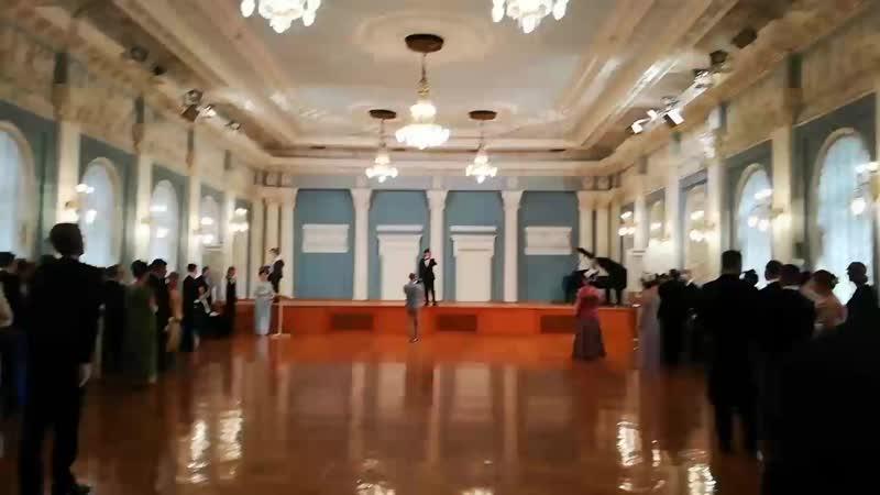 Открытие Пасхального бала в Доме Благородного Собрания Поёт Сурен Платонов