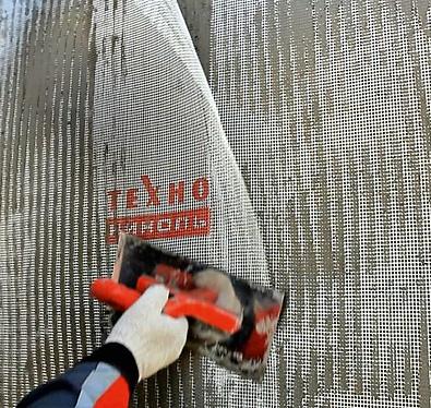 Фасадные штукатурки для загородного дома: какими они бывают и как с ними работать, изображение №3