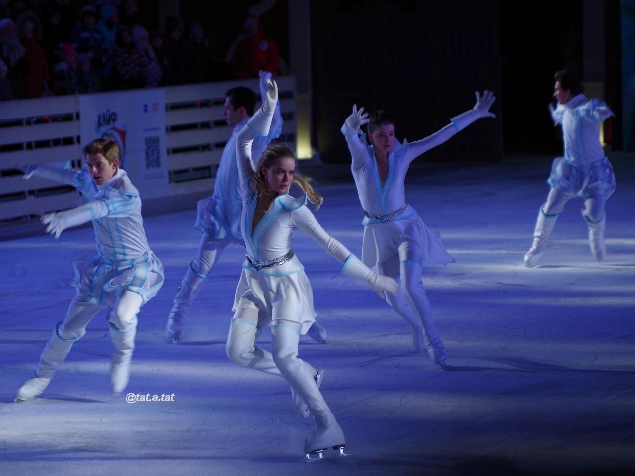 Ледовые шоу-6 - Страница 42 D097-0TaRLA