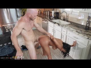Anya Ivy & Johnny Sins [ Mulattos / Between boobs, On the kitchen, Shaved, Riding dick, Fitness and training, Roller, Cums