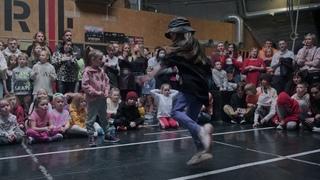 ДВИЖЕНИЕ Battle March 2021   Hip-Hop Kids under 6 years   Semifinal   Юля vs Милана vs Ксюха