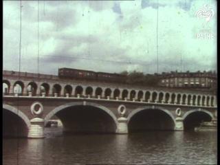 Paris On The Seine (1950-1955)