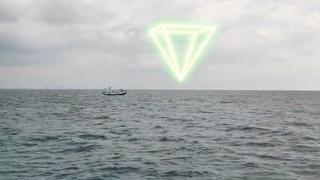 👽 Fishermen Filmed Huge Pyramid UFO in Atlantic Ocean (CGI)