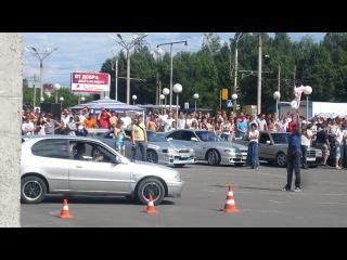 Nissan Silvia VS Totota Corolla