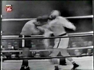 1952 12 17 Jоеу Махim vs Аrсhiе Мооrе Wоrld Light Неаvуwеight Тitlе