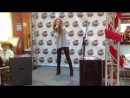 Catherine Starlet (Екатерина Правдивец Исполнение песни Нас миллионы на отчётном концерте Safronova school 21.12.2013