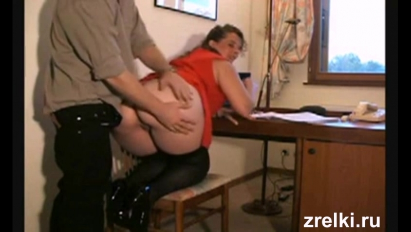 Mature wife in stockings with big ass was fucked hard in anal on