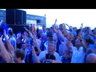 Ferry Corsten plays System F vs Cosmic Gate - The Blue Theme (Ferry Corsten Fix)