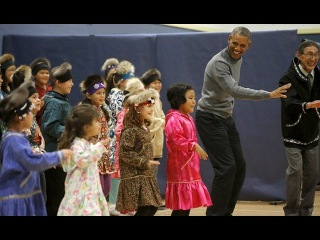 US | Watch President Barack Obama Do a Native Alaskan Dance With Kids