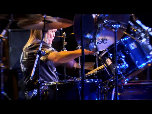 Nicko McBrain of Iron Maiden Part 2 Live At Guitar Center's 20th Annual Drum Off 2008