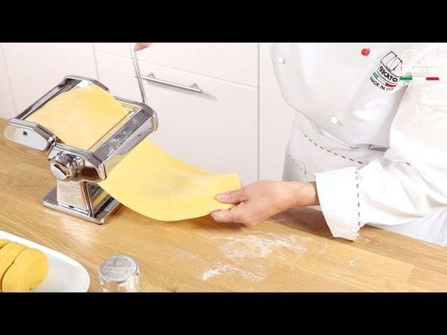 Homemade fresh pasta with Marcato Atlas 150 Classic Video tutorial