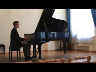 Сенина соната Моцарта №10, соль мажор KV 330, 1 часть на экзамене за 3-ий курс СПбМК им. Римского-Корсакова .