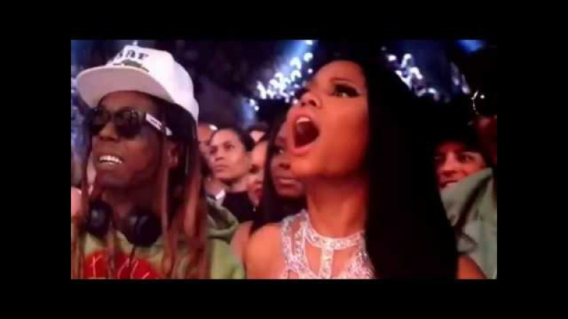 2017 Billboard Music Awards Drake tells Venessa Hudgens she is gorgeous and Nicki Manaj