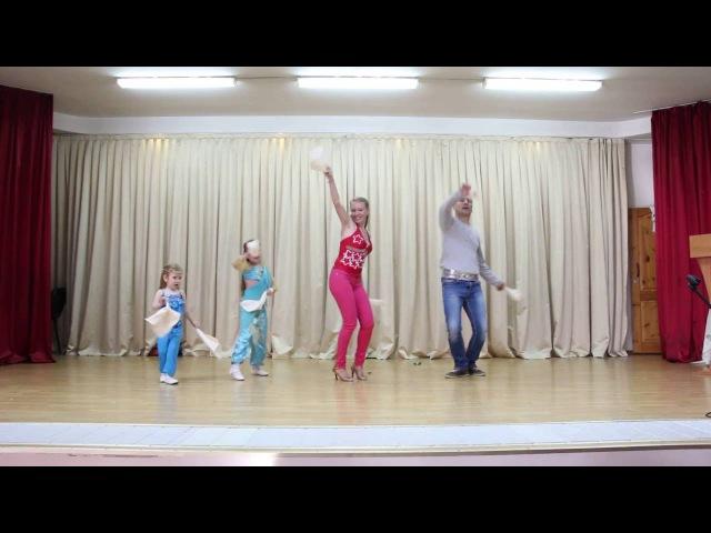 танцор диско кавер версия семьи Масалитиных