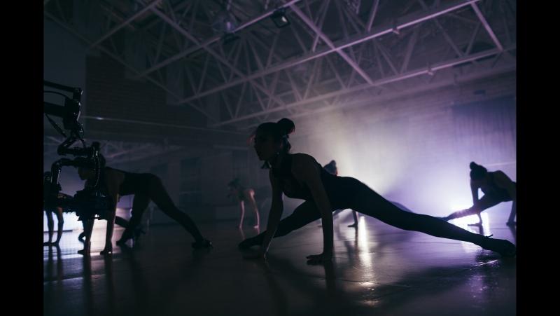 BEAUTY DANCE BLVZE BEVTZ Flaming Trap Strip dance