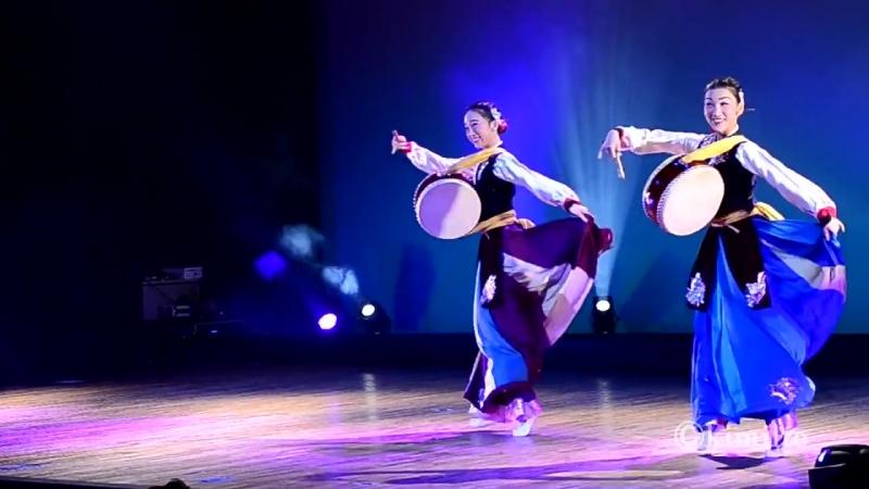 2017 11 19 朝鮮舞踊 太鼓の舞 조선무용 쌍무《쌍채북춤》Korean Drum Dance