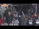 Hockey Fights: Kevin Bieksa vs Andy Andreoff   Nov. 25, 2017   Хоккейные драки