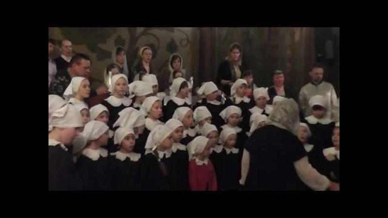 Рождественская литургия 2015 год Ночь Средний хор девочек ДЦМШ Успенского храма