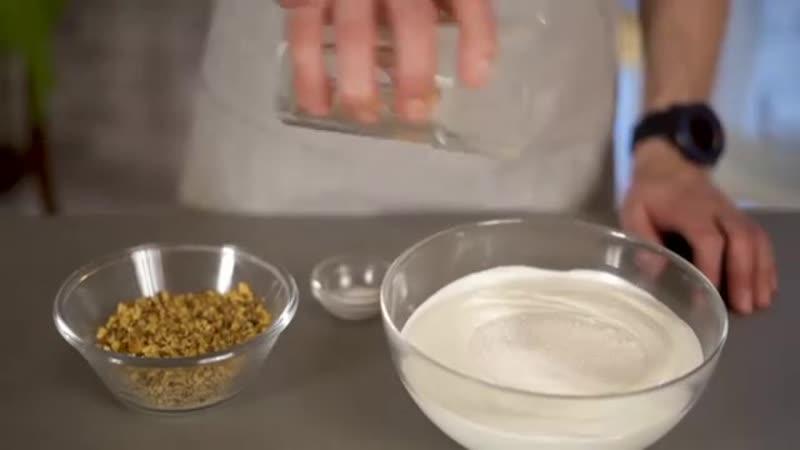 Лучшие вегетарианские рецепты от 𝗞𝗿𝗶𝘀𝗵𝗻𝗮.𝗿𝘂 рецептыkrishna_ru ⠀ Медовик классический от @ 𝗮𝗺𝗿𝗶𝘁𝗮𝗹𝗼𝗸𝗮 ⠀ Торт 1,3 кг Коржи: Смета