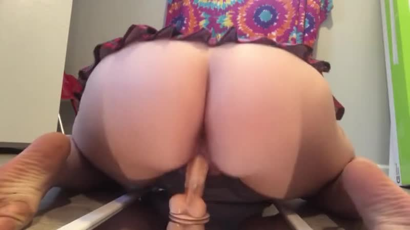 Chubby School Girl Mirror Rides Dildo big ass butts booty tits boobs bbw pawg curvy mature