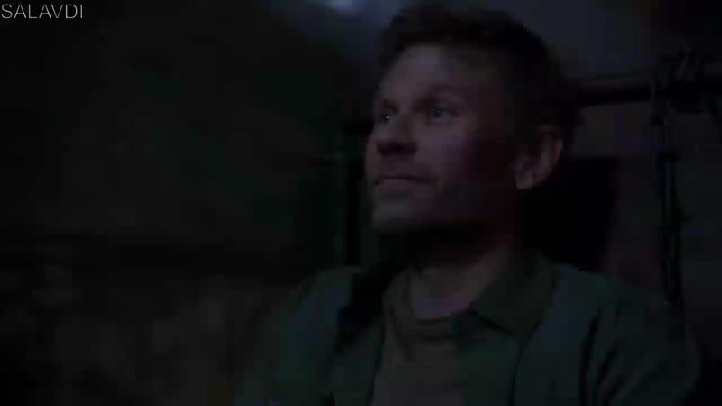 Люцифер унижает Кроули