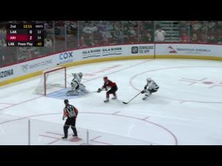 НХЛ-2019/20. Отличный сэйв Джека Кэмпбелла после ошибки Джеффа Картера ()