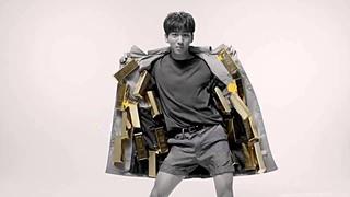 Баро из B1A4 в рекламе новинки от Tony Moly Luxury Gem Gold 24K Mask